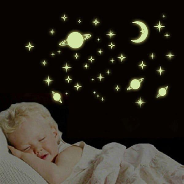 Väggdekor / wall stickers - Självlysande stjärnor
